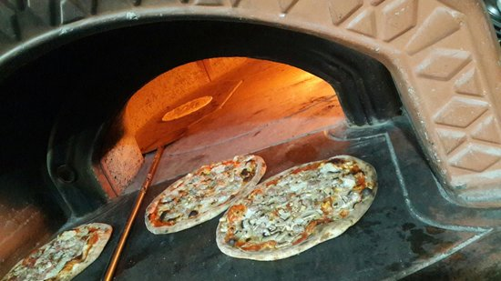 Tavolino Italian Kitchen & Woodfire Pizzeria