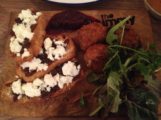 Somers Town Coffee House: feta cheese with caramelised red onion on toast on the left, beef n stilton croquettes on the ri