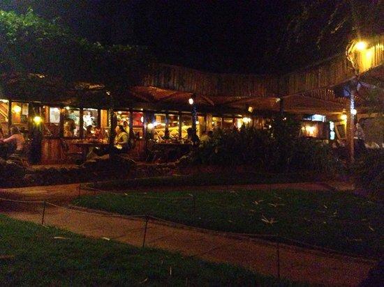 The Carnivore Restaurant: Il cortile interno