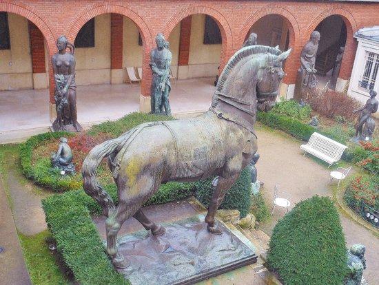 Musee Bourdelle: Bourdelle- sculpteur  natif de Montauban 82 )