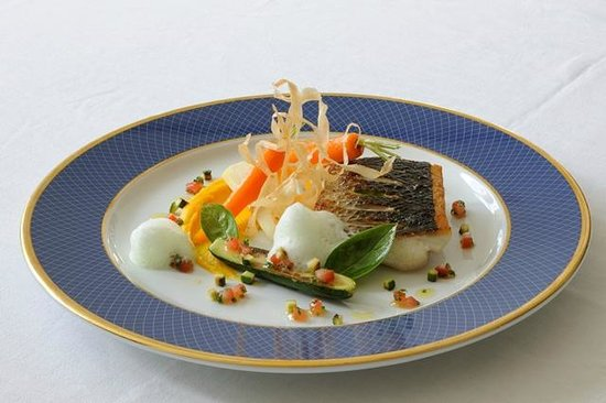 Gastronhome: Seabass filet and basil foam