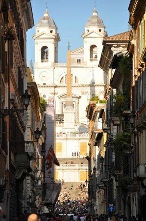 3ce67ab5cfbfa Via Condotti passeggiando verso piazza di Spagna - Foto di Via ...