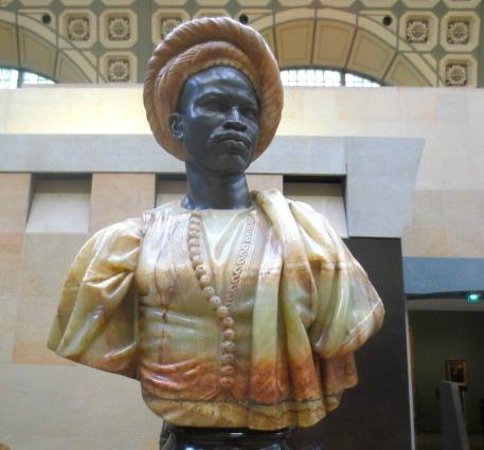 Musée d'Orsay: Love this African sculpture