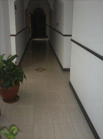 Hotel Marilian: Pasillo del 2do piso