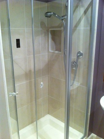 Shower cubicle with power shower!! - Picture of Milvil Corner Bed ...