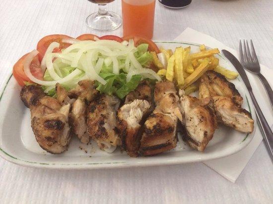 restaurante take-away O Cisne : Meia dose do famoso frango do cisne
