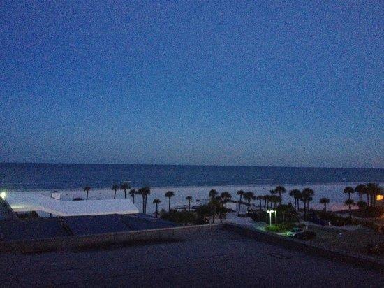 Hilton Clearwater Beach: Coastal View
