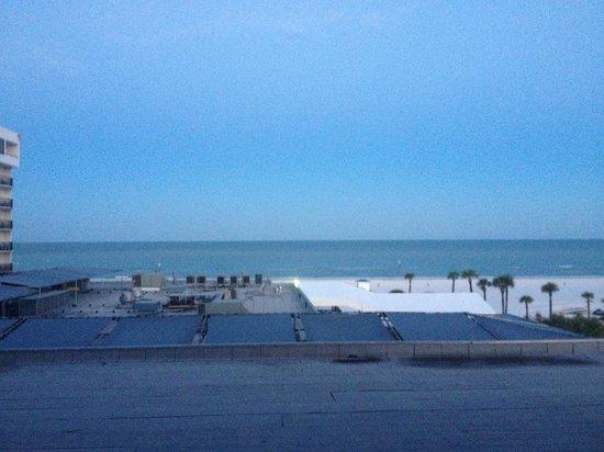 Hilton Clearwater Beach Resort & Spa: Coastal View
