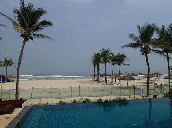 Furama Resort Danang: Beach
