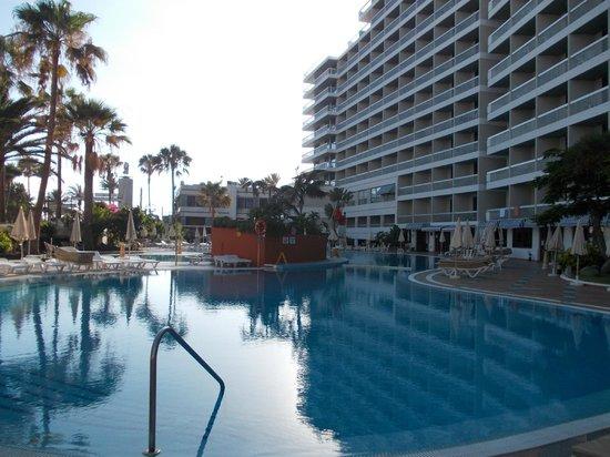 Palm Beach Tenerife: Hotelowy basen