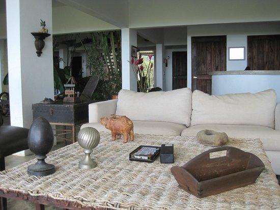 El Hotelito at the Rainforest Experience Farm : main area