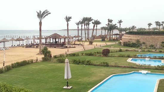 Cancun Sokhna Beach Resort Managed by Accorhotels: a view from the beach area