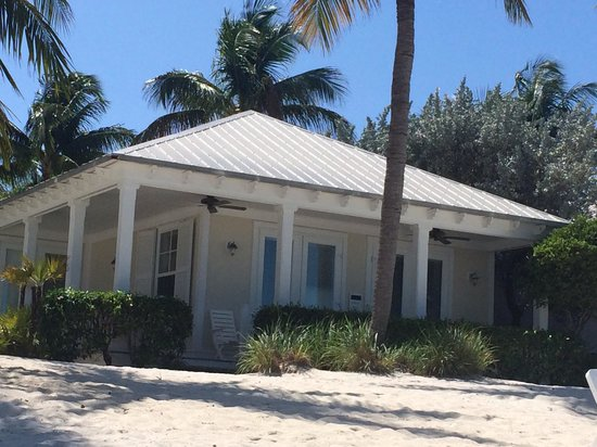 Sunset Key Cottages : One of the beach cottages