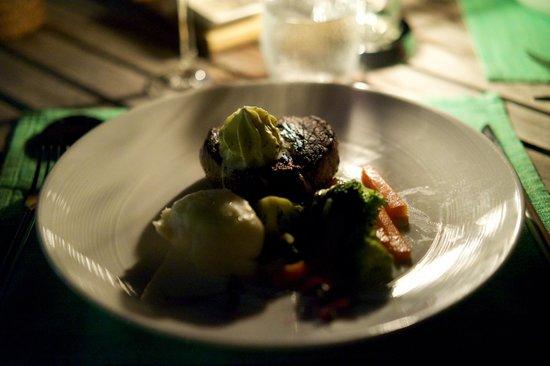Baros Maldives: Gutes Essen schön angerichtet
