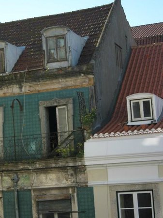 Lisbon Story Guesthouse : panorama dalla camera