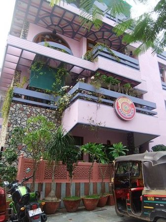 Hotel Pearl Palace : front hotel