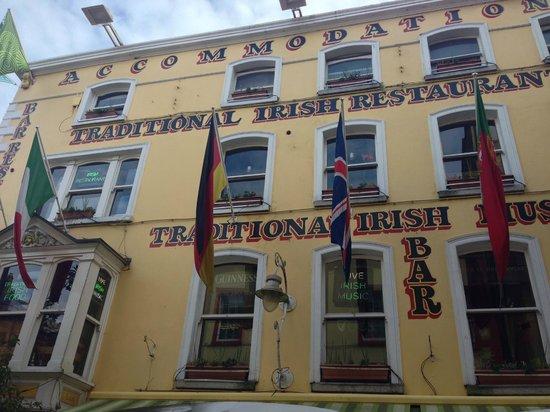 Oliver St. John Gogarty's Hostel: Outside the Gogarty