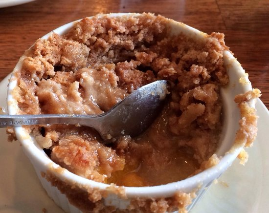 Mosquito Cafe: Peach cobbler