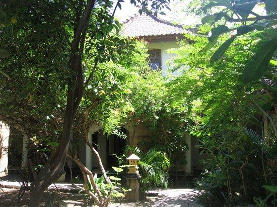 Martas Hotel: jardin
