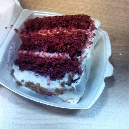 Primos Cafe & Bake Shop: Red Velvet