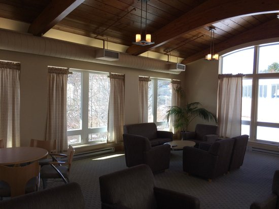 The Wylie Inn and Conference Center at Endicott College: Wylie Inn Conference Room