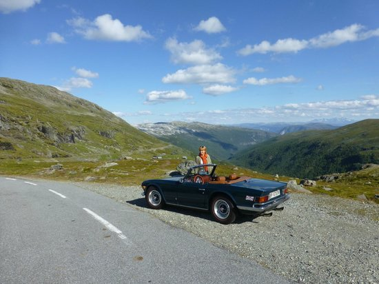 Vangsgaarden : On the top (road no 243) from Aurland to Laerdal