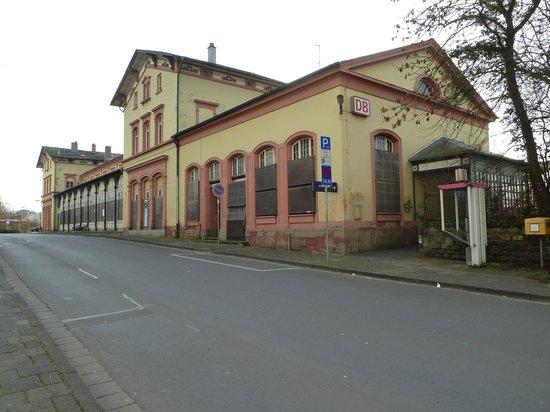 City-Hotel-Garni-Diez: Diez駅