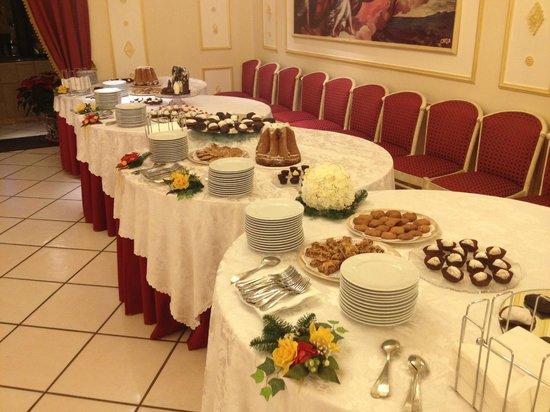 Hotel Il Castello : Buffet di dolci