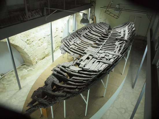 Ancient Shipwreck Museum: The wreck