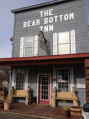 Mackay, Айдахо: The Bear Bottom Inn