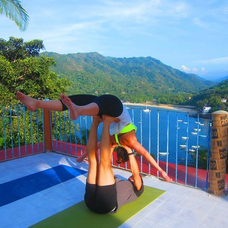 Casa La Loma en Yelapa: The roof top terrace is the perfect Yoga Shala x