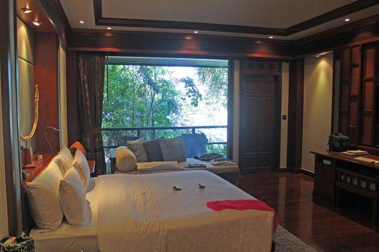Marina Phuket Resort : Blick auf Terrasse