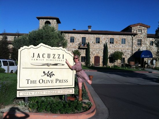 Jacuzzi Family Vineyards: Great time at jacuzzi vineyard! So sad to leave.