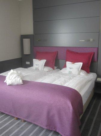 Best Western Premier Parkhotel Kronsberg: Bedroom