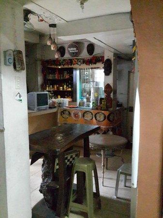 Townhouse Hotel / Hostel Manila: Лобби