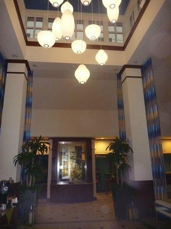 Hilton Garden Inn Ft. Lauderdale SW/Miramar : Hall d'entrée, foyer et salle de repos juste à côté