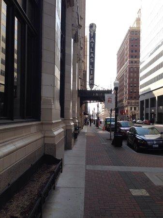 New Atlas Grill : Entrance to Atlas Grill from 400 Block of Boston, Dwntwn Tulsa