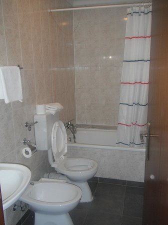 Rosa Douro: Baño privado
