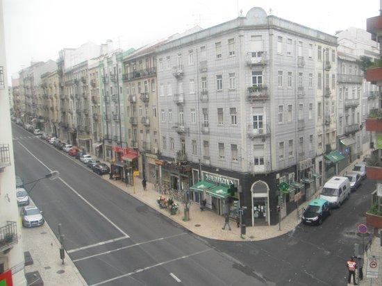 Rosa Douro: Calle Morais Soares.