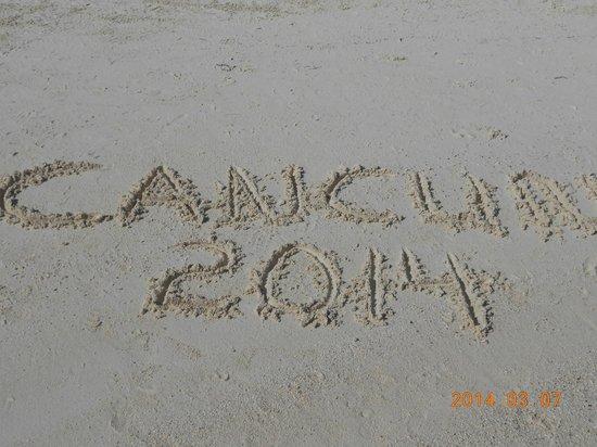 Occidental Costa Cancun: sandy beach