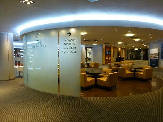 Holiday Inn London-Heathrow M4, Jct. 4: Reception