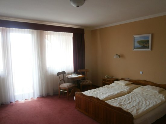 Flamingó Wellness and  Conference Hotel: Hotel room