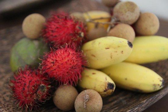 Navutu Dreams Resort & Wellness Retreat: Obstkorb zur Begrüßung