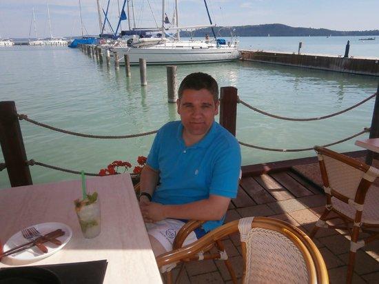 Flamingo Wellness and  Conference Hotel: Beach bar