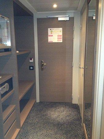 Mercure Dijon Centre Clemenceau : porte d'entrée