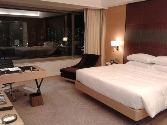 Hyatt Regency Hong Kong Sha Tin : Double room with river view