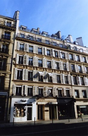 Hotel Atlantis Saint-Germain-des-Pres : Front of Hotel Atlantis