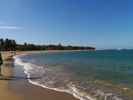 BlueBay Villas Doradas Adults Only: Beautiful beach after cleanup