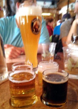 The Bavarian Restaurant: 4 beer sampler