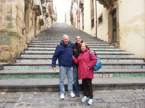 Adriana Viaggi: Caltagirone con la famiglia berger 16/03/2014  Siamo stati anche in questa citta per vedere l